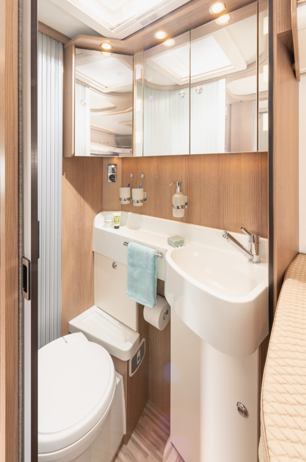Malibu_I_440-LE_wash_room